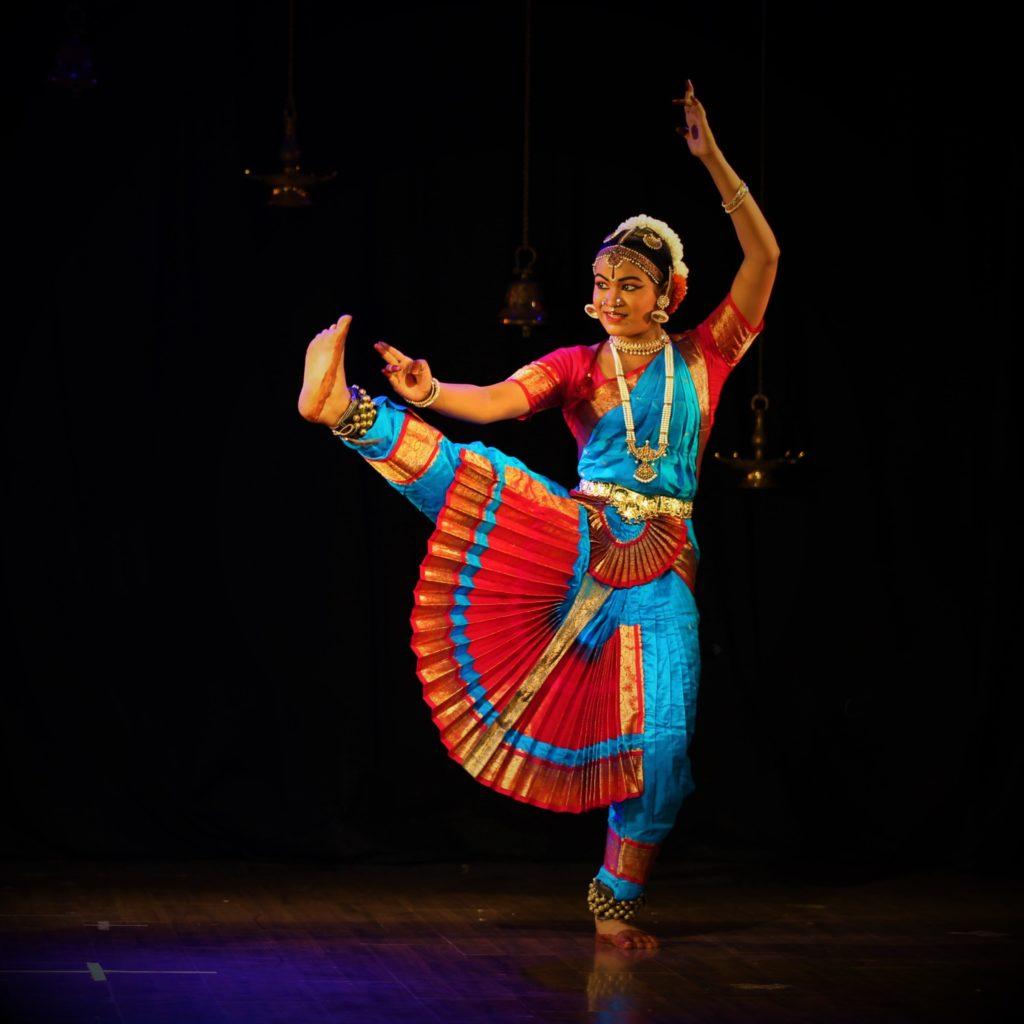 Bharatanatyam eith Deepthi Naik, LOKA studio for movement practices