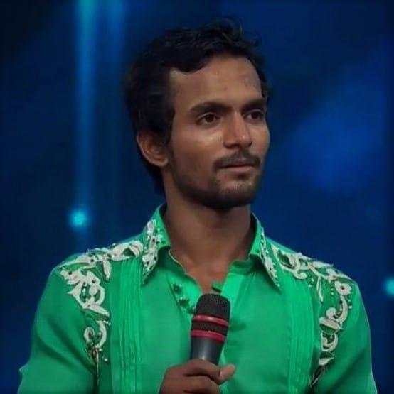 Tausif Alam, one of the head tutors for aerial dance, LASA, LOKA studio for movement practices, Bangalore
